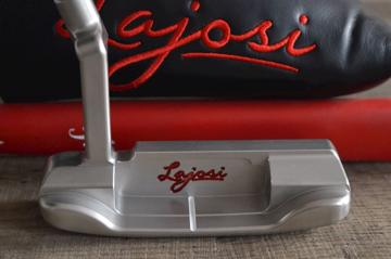 A NEW HAND MILLED KARI LAJOSI GOLF PUTTER IN STAINLESS STEEL - SATIN FINISH - DD201 PLUMBER NECK